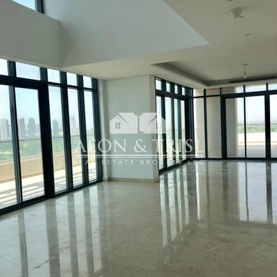 5 Bedroom Penthouse for Sale in The Hills, Dubai - Luxurious 5 Beds Penthouse