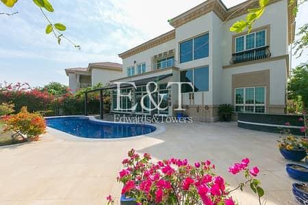 4 Bedroom Villa for Sale in Jumeirah Islands, Dubai - Amazing Garden Hall Villa | Extended |Main Lake|JI