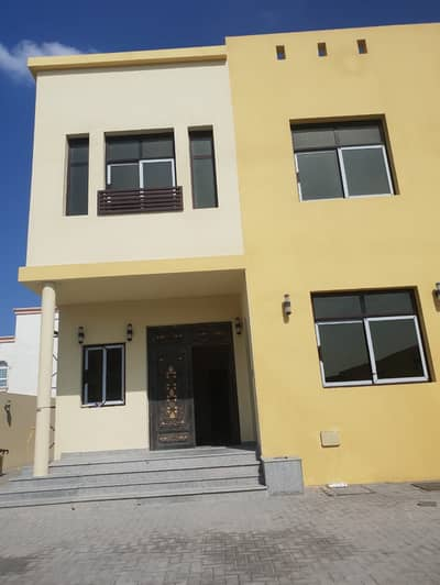 6 Bedroom Villa for Rent in Al Ghubaiba, Sharjah - New Duplex  Commercial  Villa  For Rent 6 Bedroom  2 Bathroom. . .