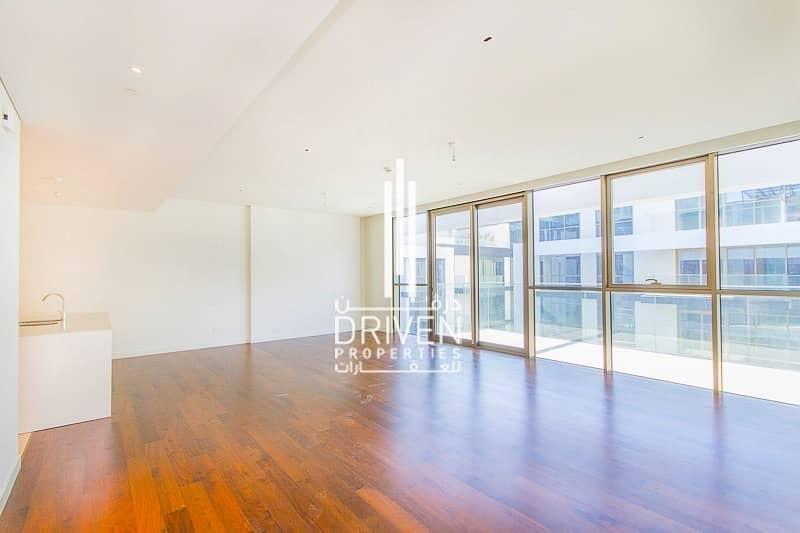 2 Huge Layout Apartment I Dark Wood Finish