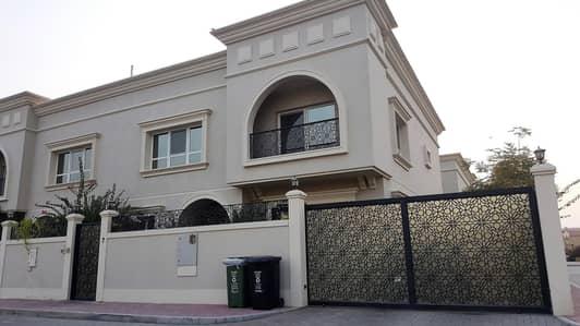 فیلا 5 غرف نوم للايجار في المنارة، دبي - Spacious Semi-Independent Villa near J3 mall