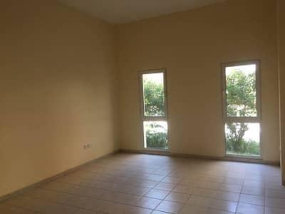 شقة 2 غرفة نوم للايجار في ديسكفري جاردنز، دبي - Large 02 BHK | 01 month rent free | Chillier free.