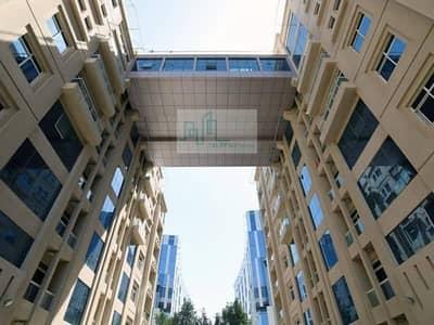 شقة بغرفة نوم واحدة مع فتحة وقوف السيارات المتاحة في منطقة الروضة ، أبو ظبي