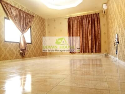 استوديو  للايجار في الزعاب، أبوظبي - Huge studio flat in Al Zaab . Near al khalidiya police station .
