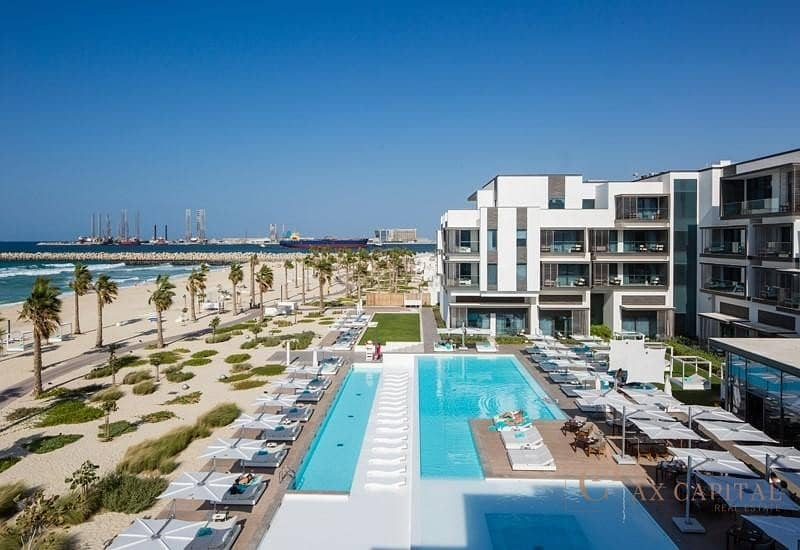 11 LUXURIOUS APARTMENT IN NIKKI BEACH