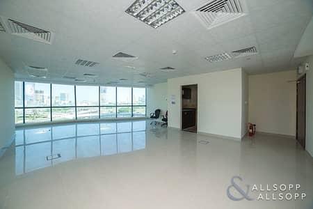 مکتب  للايجار في أبراج بحيرات الجميرا، دبي - Fitted Office | Low Floor | 1 Parking