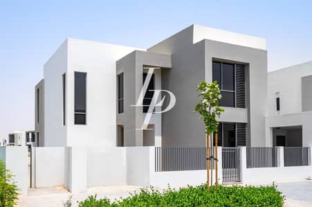 5 Bedroom Villa for Rent in Dubai Hills Estate, Dubai - Stunning Type 5|Single Row Villa on Pool and Park