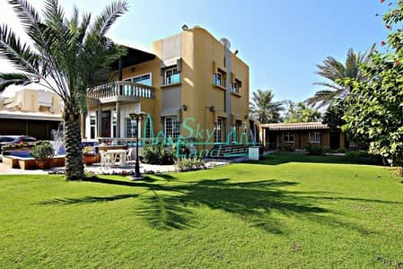 4 Bedroom Villa for Sale in Jumeirah, Dubai - LOVELY 4 BED VILLA WITH SWIMMING POOL AND GARDEN IN JUMEIRAH 3