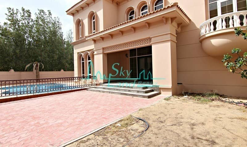 2 AMAZING 6 BED PRIVATE POOL AND GARDEN  JUMEIRAH 3