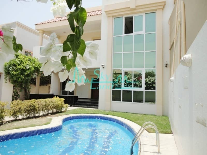 2 BEAUTIFUL 4 BED  WITH GARDEN AND POOL IN JUMEIRAH 3