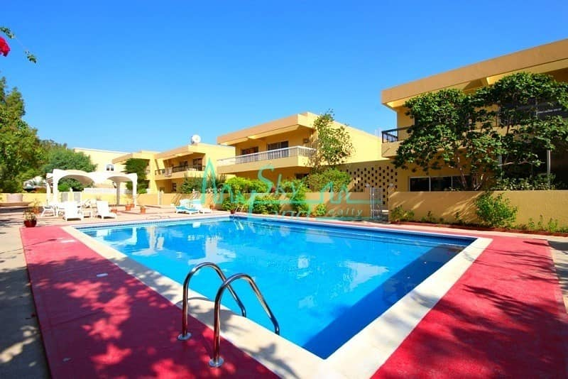 RENOVATED 4 BED GARDEN SHARED POOL IN JUMEIRAH 3