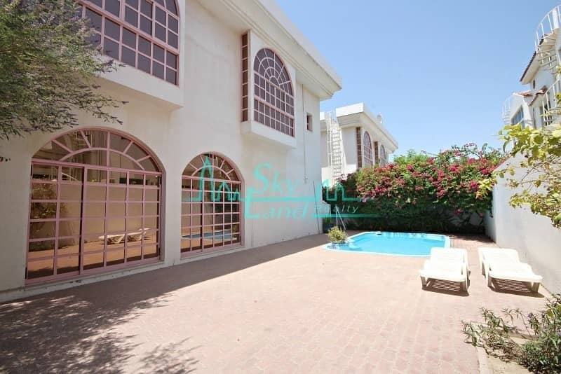 BEAUTIFUL 5 BED  PRIVATE SWIMMING POOL  JUMEIRAH 3