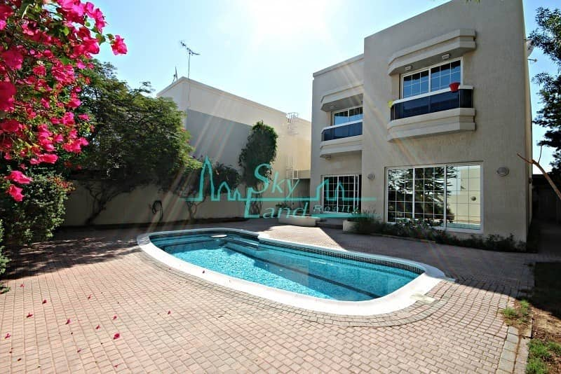 2 SUPERB 5BED PRIVATE POOL GARDEN IN UMM SUQEIM 2