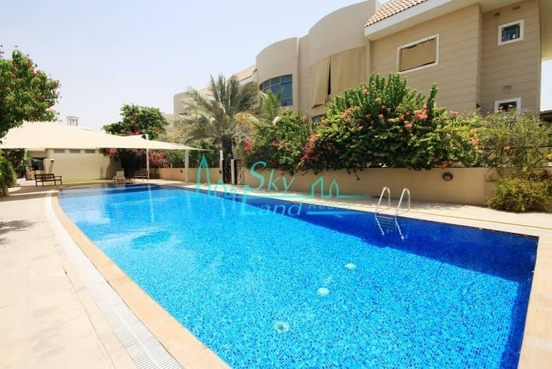 2 SPACIOUS 5 BED GARDEN SHARED POOL GYM UMM SUQEIM 1