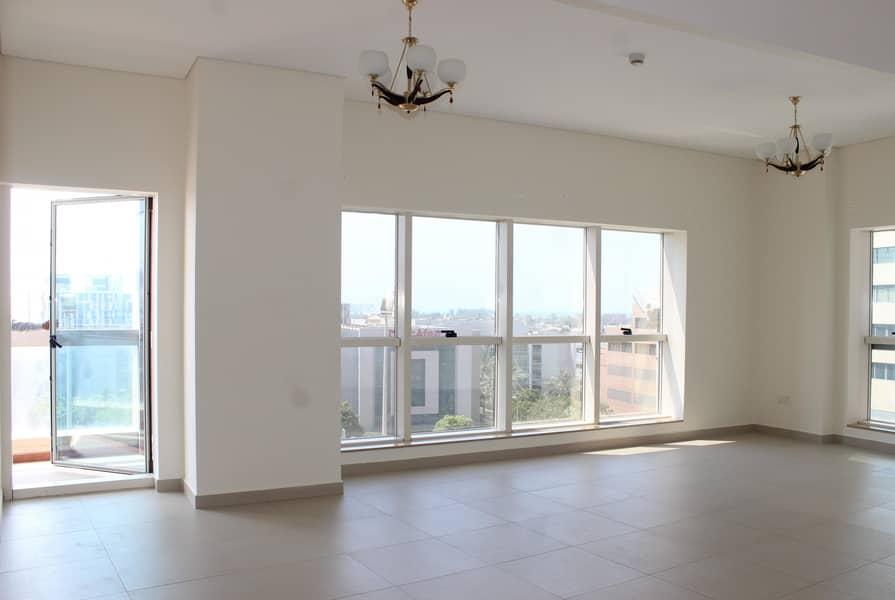 15 Spacious 2 Bedroom Apartment in heart SZR