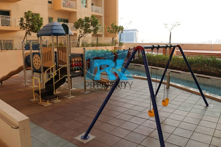 20 HOT DEAL! OPEN VIEW 1BR + 2 FULL BATH + LAUNDRY
