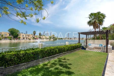 4 Bedroom Villa for Sale in The Lakes, Dubai - Elegant Fully Upgraded Villa with Lake View