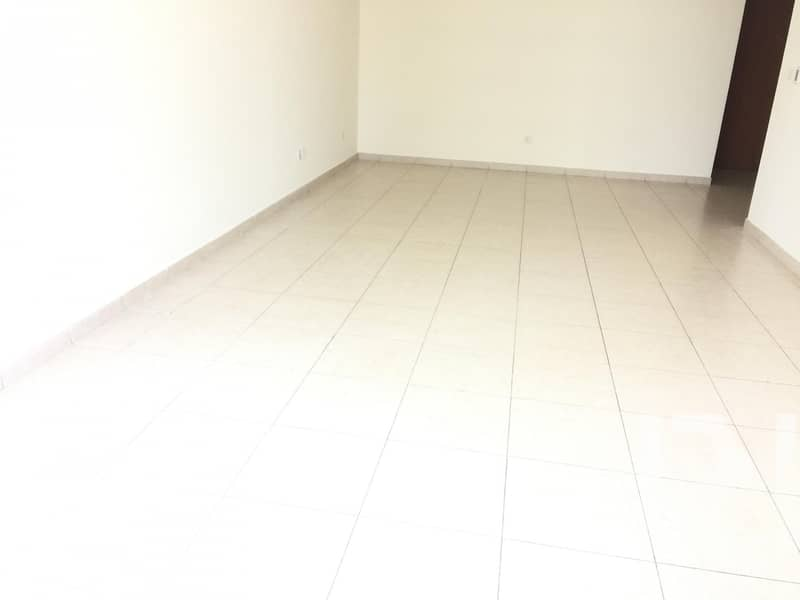 2 Spacious 2 Bed /Maid Room/Near To The Metro
