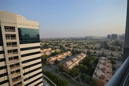 فلیٹ 1 غرفة نوم للايجار في مدينة دبي الرياضية، دبي - Beautiful Golf Course Views|Spacious|Vacant