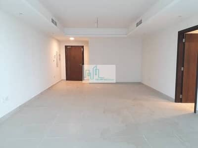 4 Bedroom Flat for Rent in Corniche Road, Abu Dhabi - Four bedroom plus maids room available at Corniche Road, Abu Dhabi