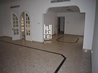 فیلا 4 غرف نوم للايجار في أم سقیم، دبي - Fabulous 4 Bedroom villa with Private Garden