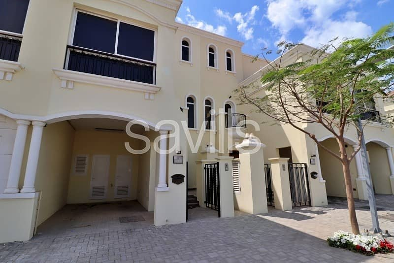 Amazing 3 bedroom  G+2 townhouse with nice-looking view in Al Hamra