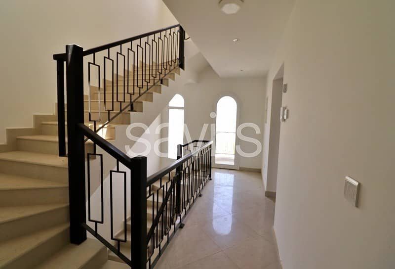 16 Amazing 3 bedroom  G+2 townhouse with nice-looking view in Al Hamra