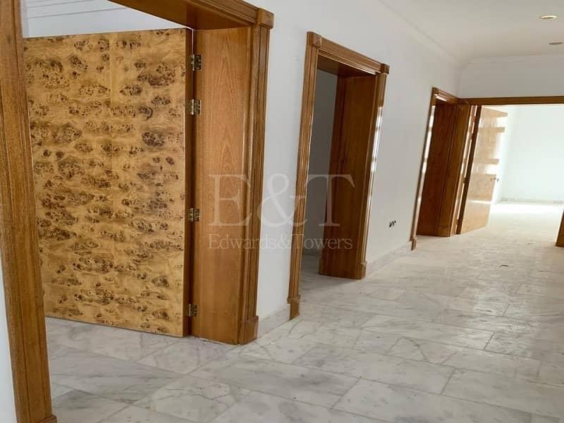 2 Very Huge Villa I Brand New I With Balcony I 19 Br
