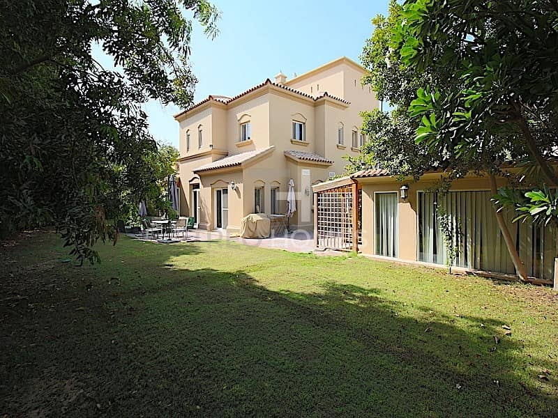 Family Home | Park Facing | 5Bed+Maid | Type C2