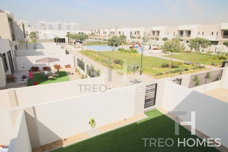 14 Landscaped | 3 Bedrooms and Maids | Pool backing