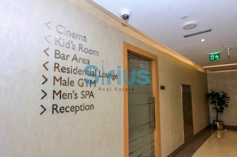16 Spacious unfurnished apartment with panoramic view