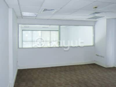 Showroom for Rent in Al Mahatah, Sharjah - Spacious showroom with a great location and special price.