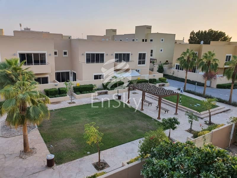 16 Modern and Bright 4 bedroom town House /Perfectly ...