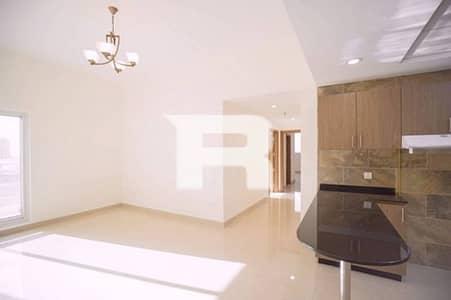 فلیٹ 2 غرفة نوم للايجار في مجمع دبي ريزيدنس، دبي - One Month Free I Elegant Family Building