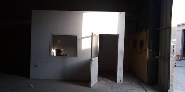 Warehouse for Rent in Al Quoz, Dubai - Fully Fitted| Big Spacious Warehouse Available for Rent.