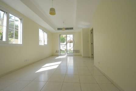 تاون هاوس 2 غرفة نوم للايجار في الينابيع، دبي - Near Pool and Park | Wooden Flooring | Type 4M