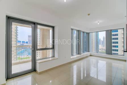 فلیٹ 2 غرفة نوم للايجار في وسط مدينة دبي، دبي - Fountain View | Fitted Kitchen | Laundry Room