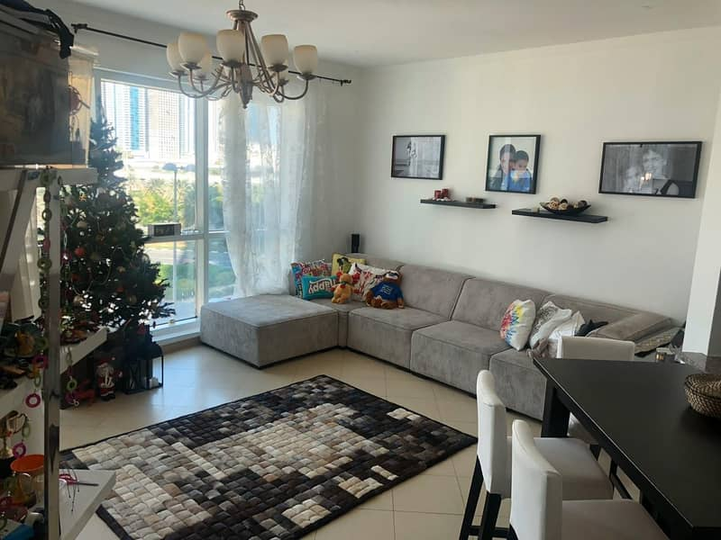 2 Unfurnished 1 Bedroom Apartment in Jumeirah Bay TowerX1