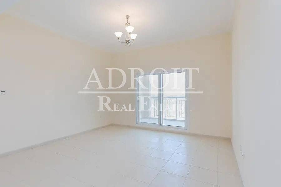Lovely Unit | Well Priced 1BR Apt in Queue Point