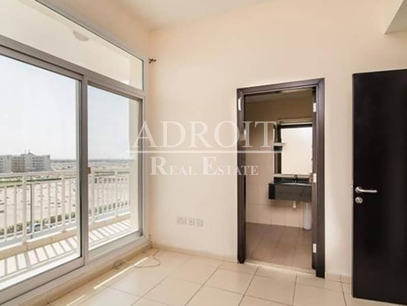 2 No Commission | Very Huge Layout 2BR Apt in Queue Point