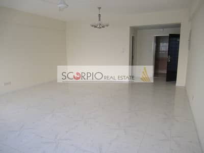 Studio for Rent in Al Karama, Dubai - Huge 600 sq. ft !!! Studio Apartment with Parking near Lulu Hypermarket Karama Only 42 K / 6 cheqs  !!!