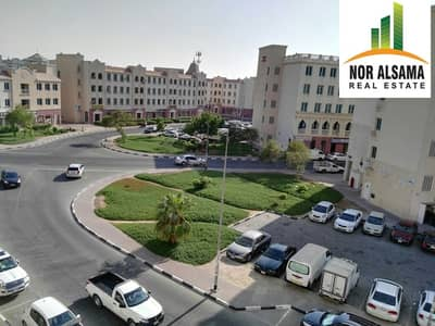 فلیٹ 1 غرفة نوم للايجار في المدينة العالمية، دبي - Ready to Move Unit in England Cluster.Rent only AED 32000 by 4