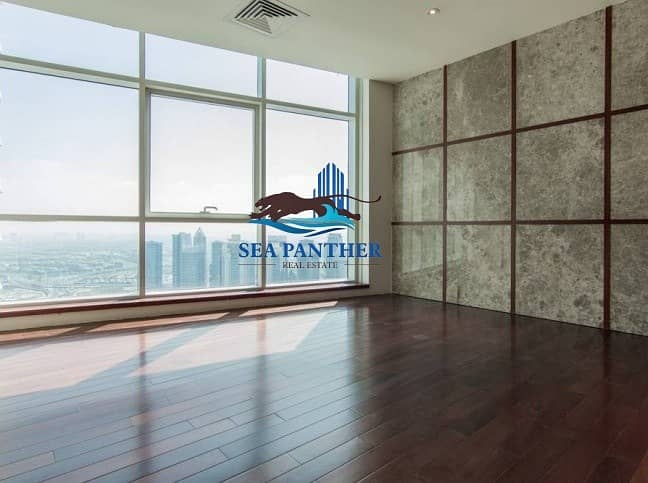 12 Large Cozy Penthouse with The Attractive Marina Views