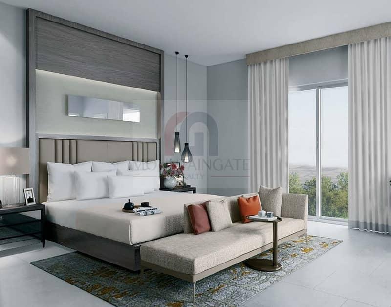 Luxurious  Villa Five Bedrooms In Al Zahia