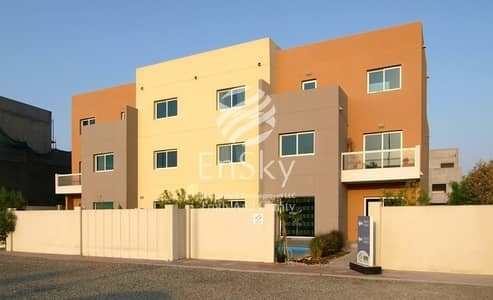 3 Bedroom Villa for Sale in Al Reef, Abu Dhabi - Extended Lawn Villa -A Perfect Home