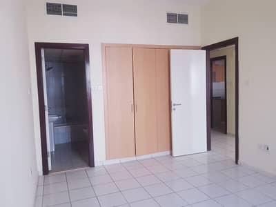 فلیٹ 1 غرفة نوم للايجار في المدينة العالمية، دبي - شقة في طراز إيطاليا المدينة العالمية 1 غرف 29000 درهم - 4409735