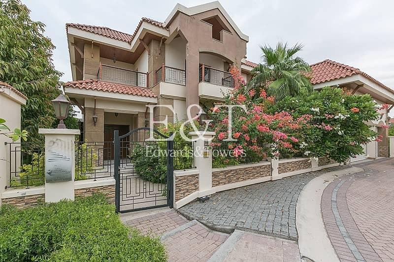 Luxury Furnished 5 Bed Mansion | Corner Plot | JI