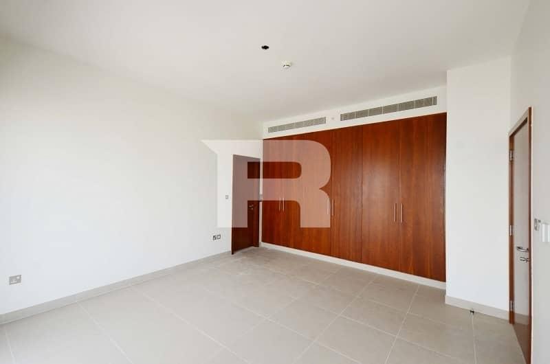 2 Best Price  Vacant   Elegant 2 BR Duplex