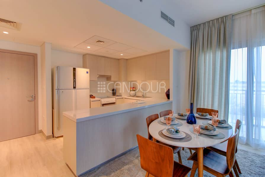 2 Spacious Living Area | 2 Bed plus maids | Water's Edge