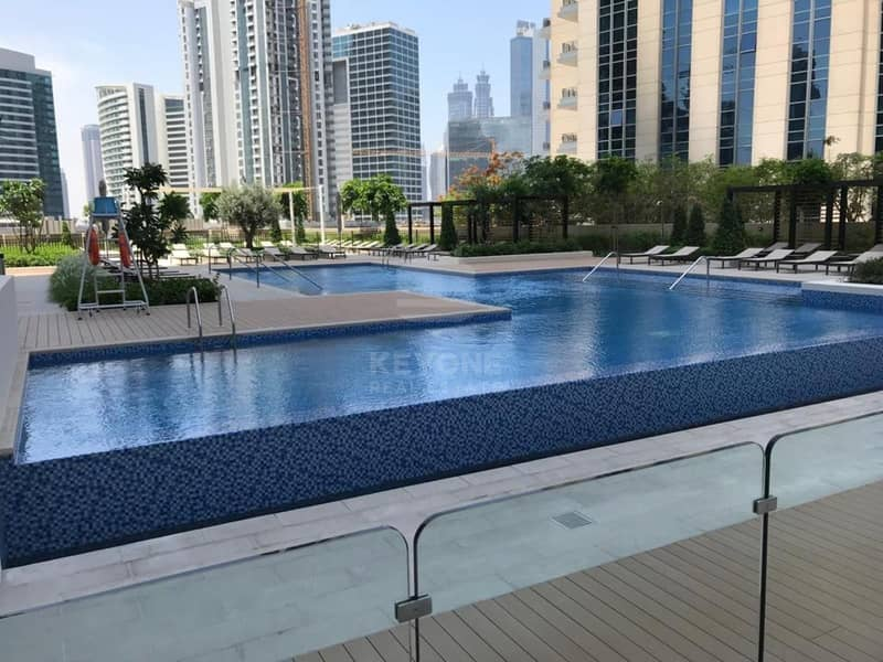 14 Multiple Options |Fully Furnished| Burj View
